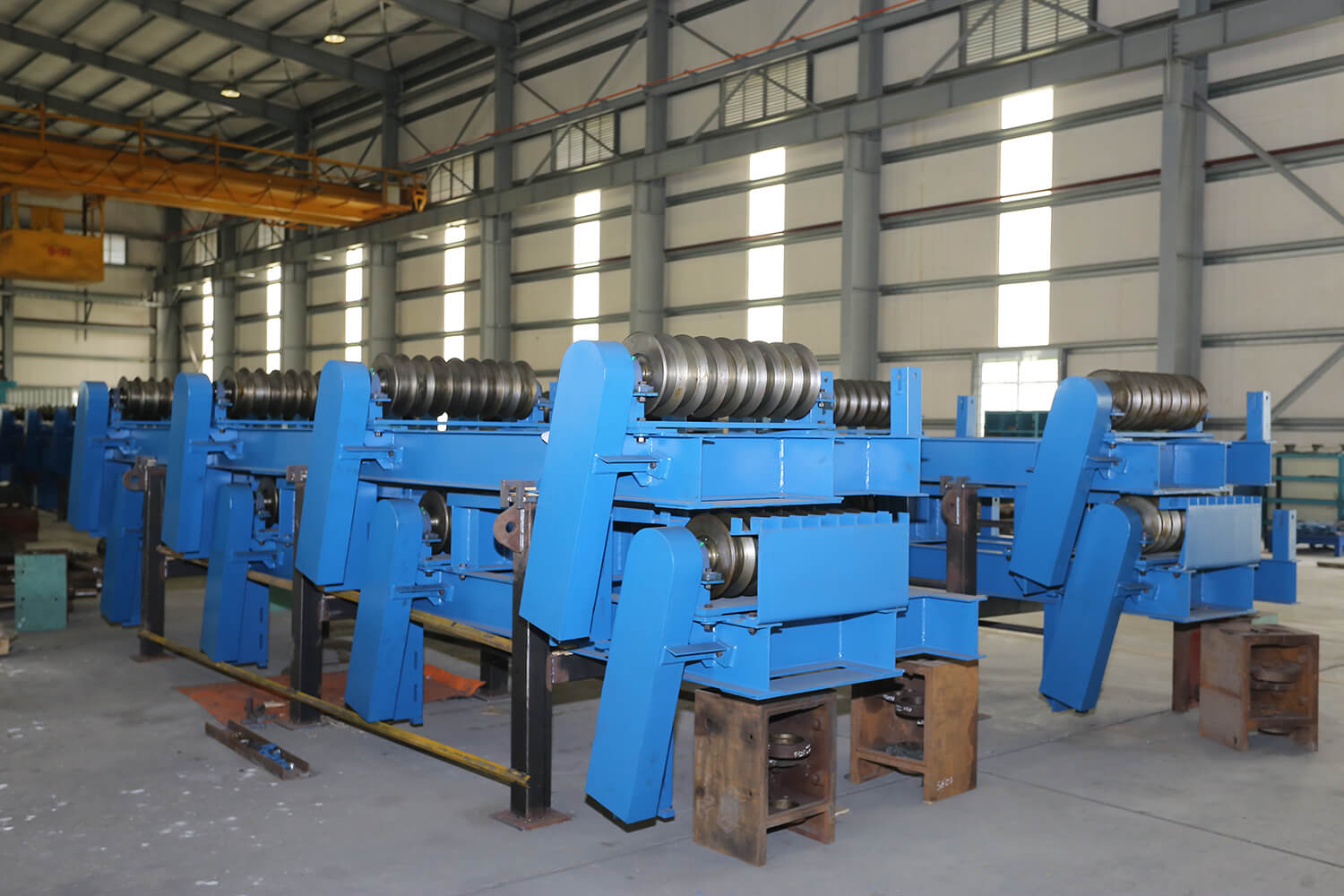 Steel laminating equipment
